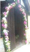 Garland for the Lytchgate 02